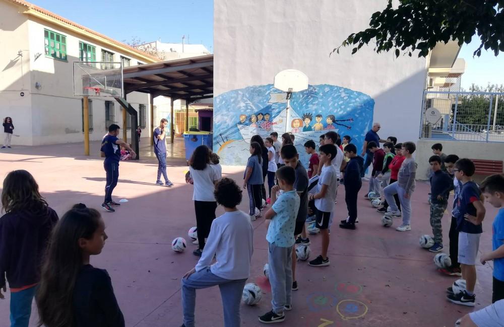 Επισκέψεις σε 7ο και 17ο δημοτικό σχολείο (Φωτογραφίες)